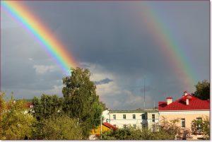 Фото Орши – двойная радуга в центре