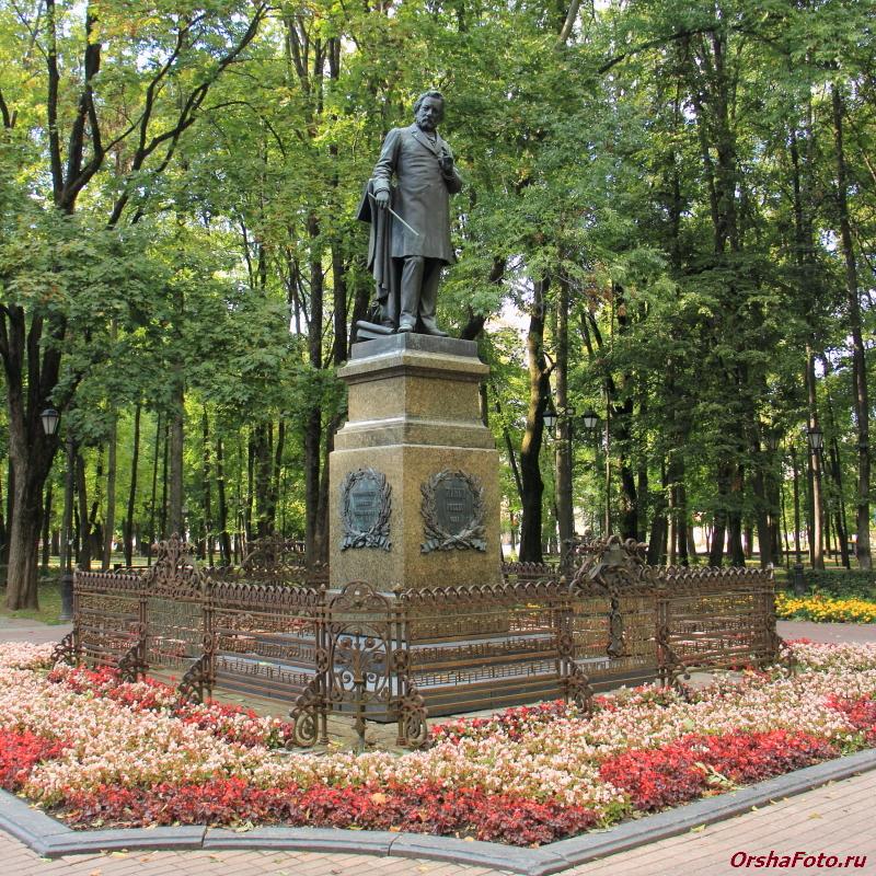 Смоленск, памятник Глинки — OrshaFoto.ru